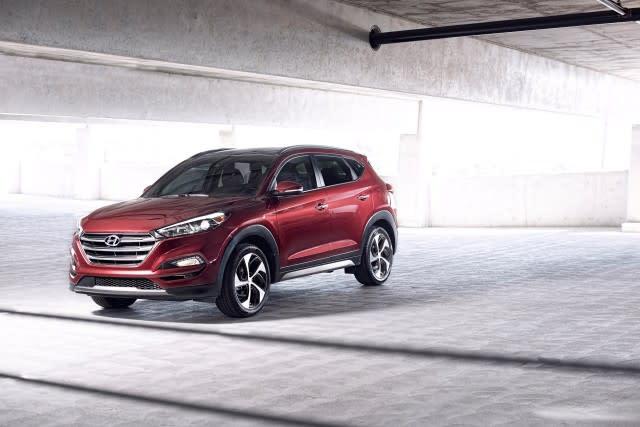 2016 2017 Hyundai Tucson 2017 Santa Fe Recalled For Brake Light Problem