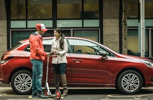 Hail a scooter-riding 'Vallie' to park your car in London