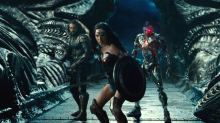 'Justice League': Zack Snyder Brings Banter-Heavy Footage to CinemaCon