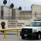 U.S. prosecutors resist calls to free inmates as coronavirus spreads