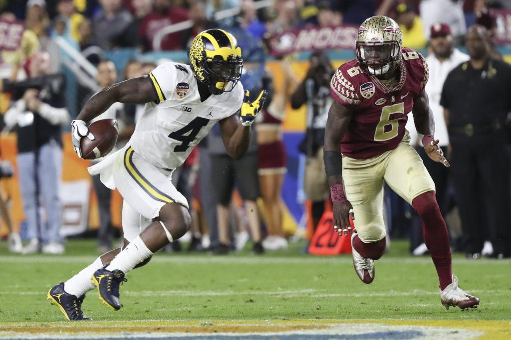 2b28b202 De'Veon Smith should compete for a roster spot with the Miami Dolphins