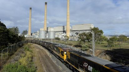 Aurizon railway workers plan to strike