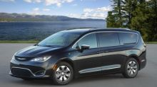 Chrysler Pacifica Hybrid Honored as One of Best Electric Vehicles of 2019 by Autotrader