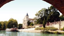 There's only way to experience the Canal du Midi