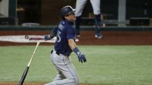 """Dylan Moore turning into an """"absolute stud"""" for the Mariners"""