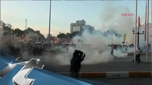 War & Conflict Breaking News: Police Disperse Protesters in Istanbul Square