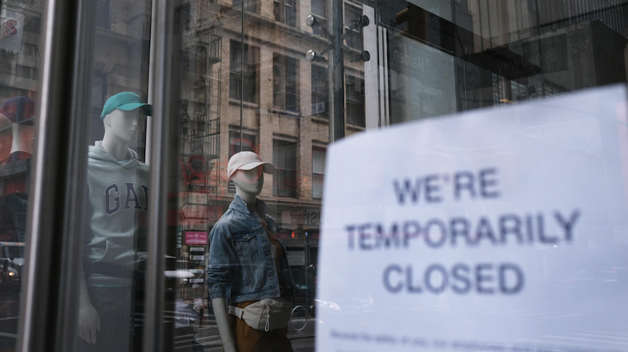 U.S. economy unexpectedly adds 2.5M jobs