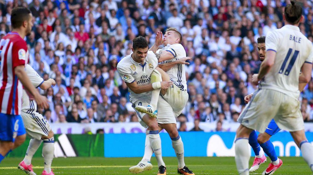 Real Madrid dealt defensive blow as Pepe suffers broken ribs