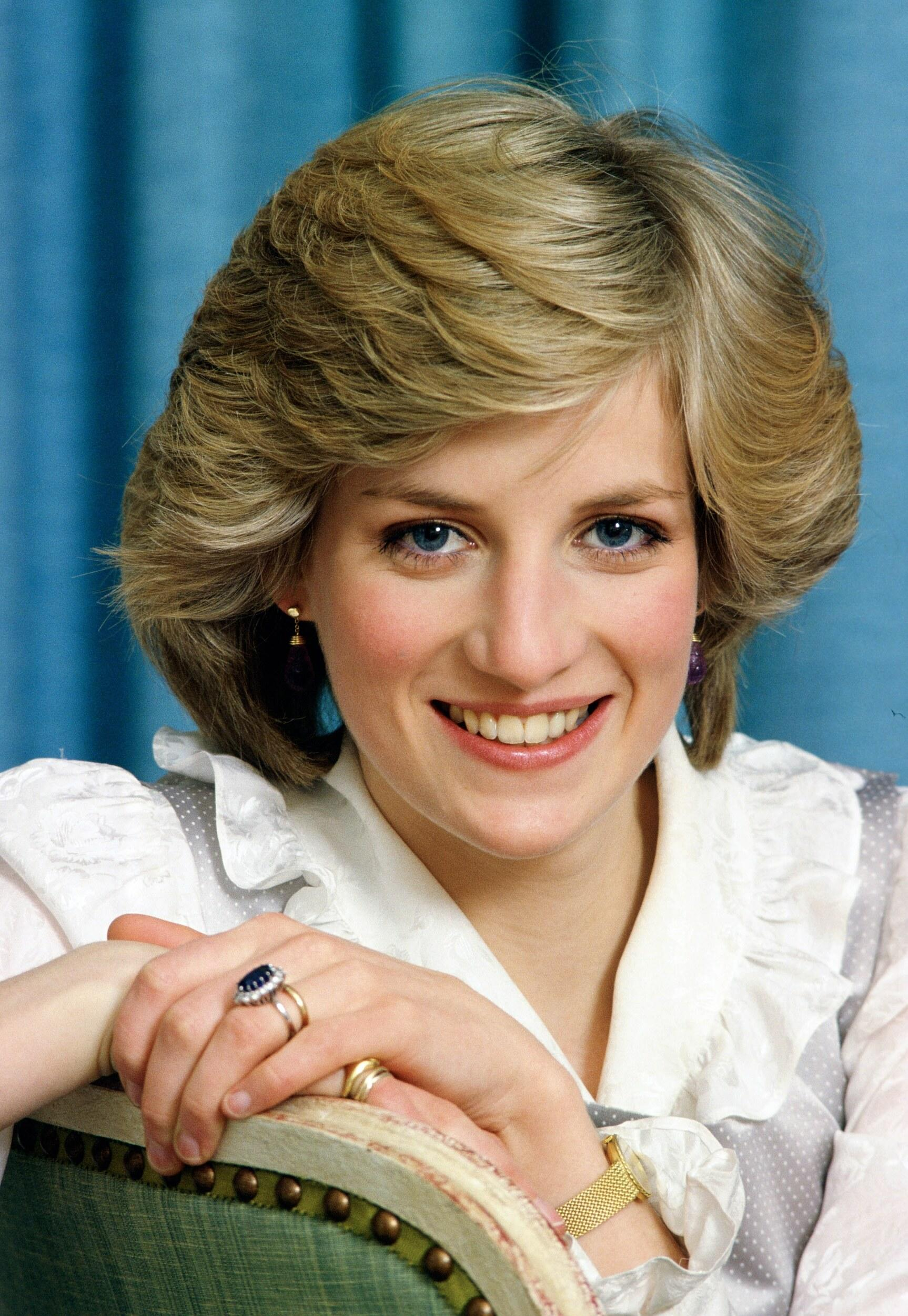 A young Diana shows off sapphire sparkler.