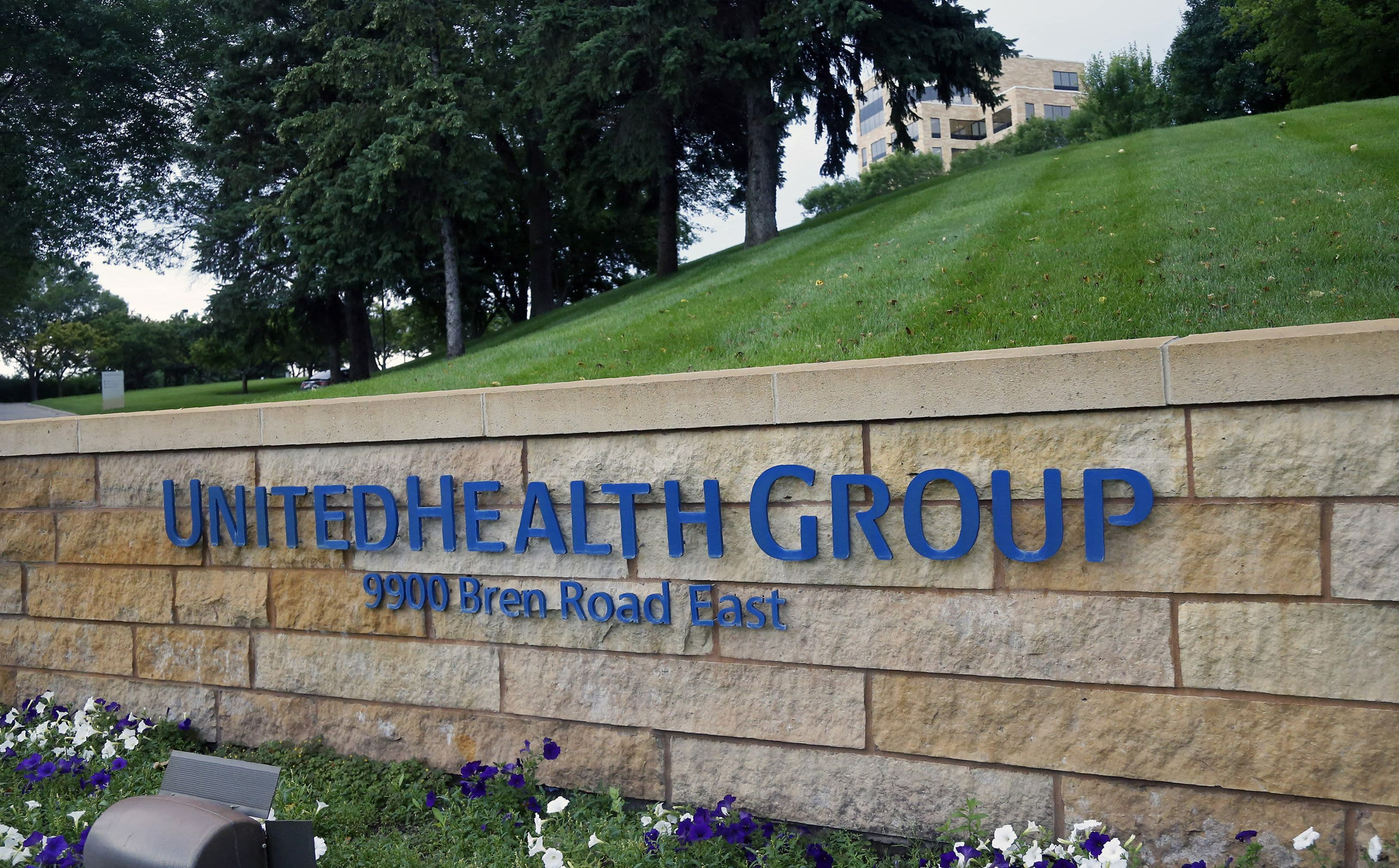 UnitedHealth tops profit forecast, finally hikes outlook