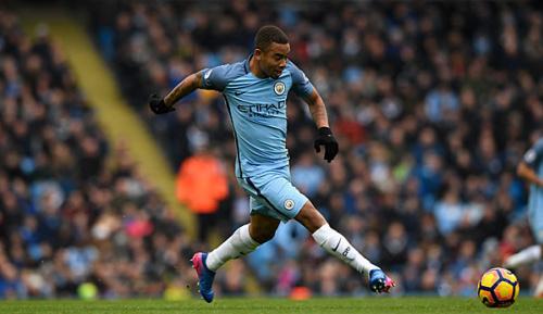 Premier League: Nach Fußbruch: Jesus zurück im City-Training