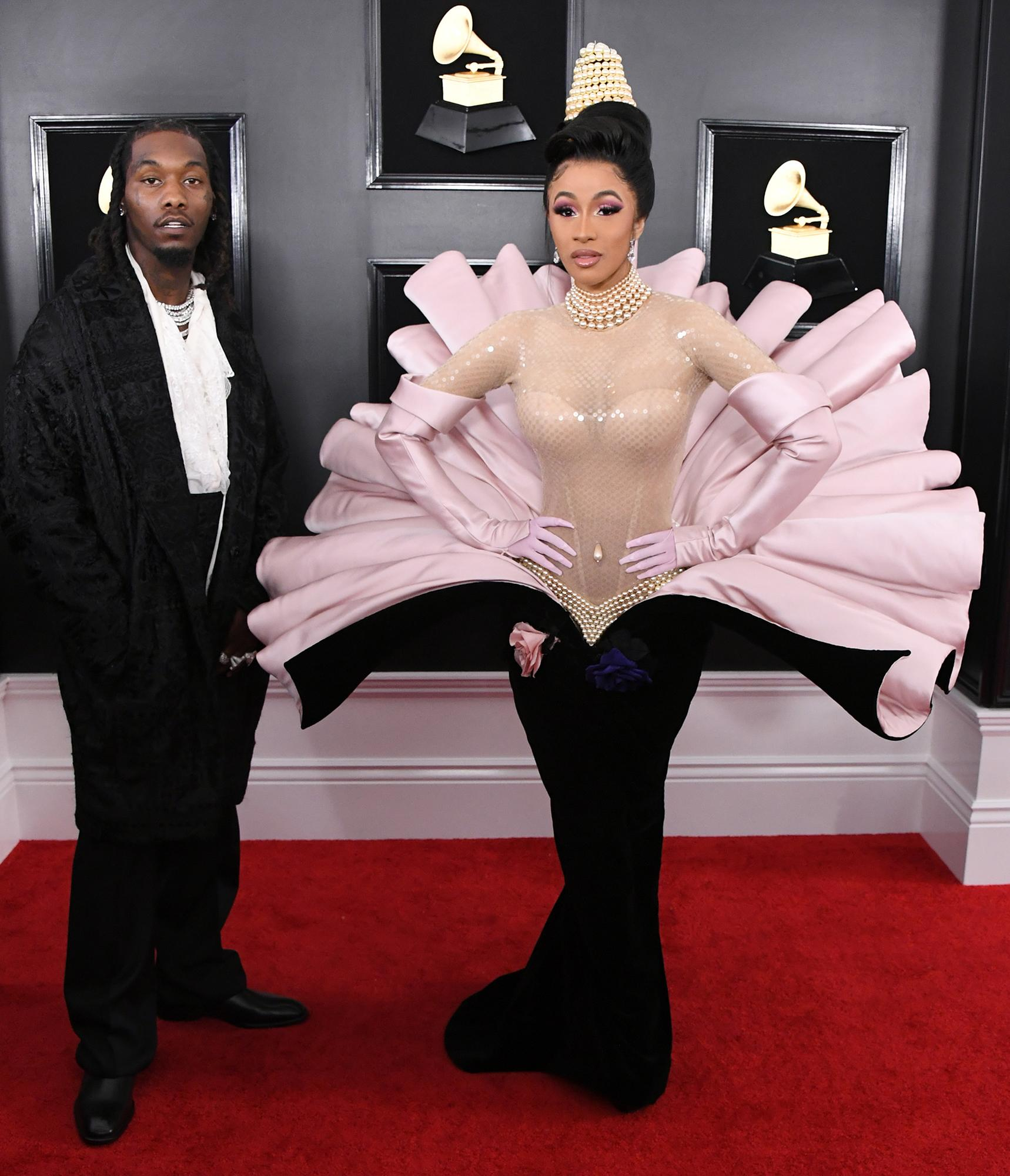 Cardi B S Baby Kulture Can T Stop Saying Mama As Dad Offset Tries
