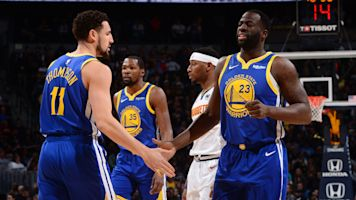 Warriors use 51-point 1st quarter to rout Nuggets