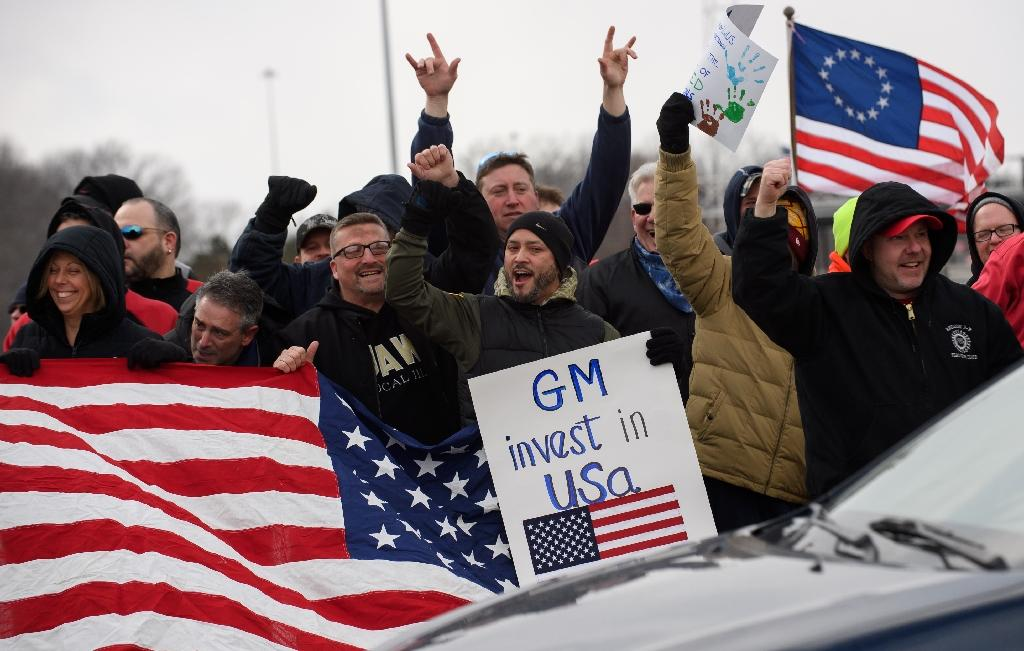 GM Lordstown workers protested the decision to close the plant (AFP Photo/JEFF SWENSEN)