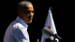 Obama highlights climate progress at home before journey overseas