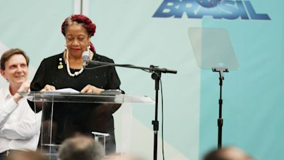Ministra do PSDB pediu retroativos de R$ 300 mil