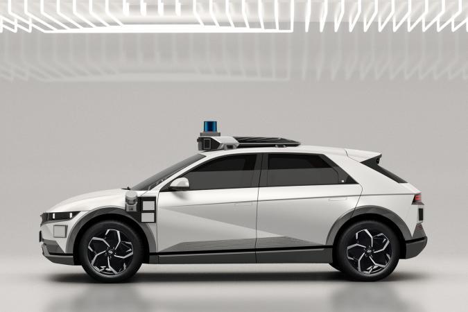 Hyundai Ioniq 5 EV robotaxi for Motional