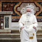 Pope says homosexuals should be covered by civil union laws