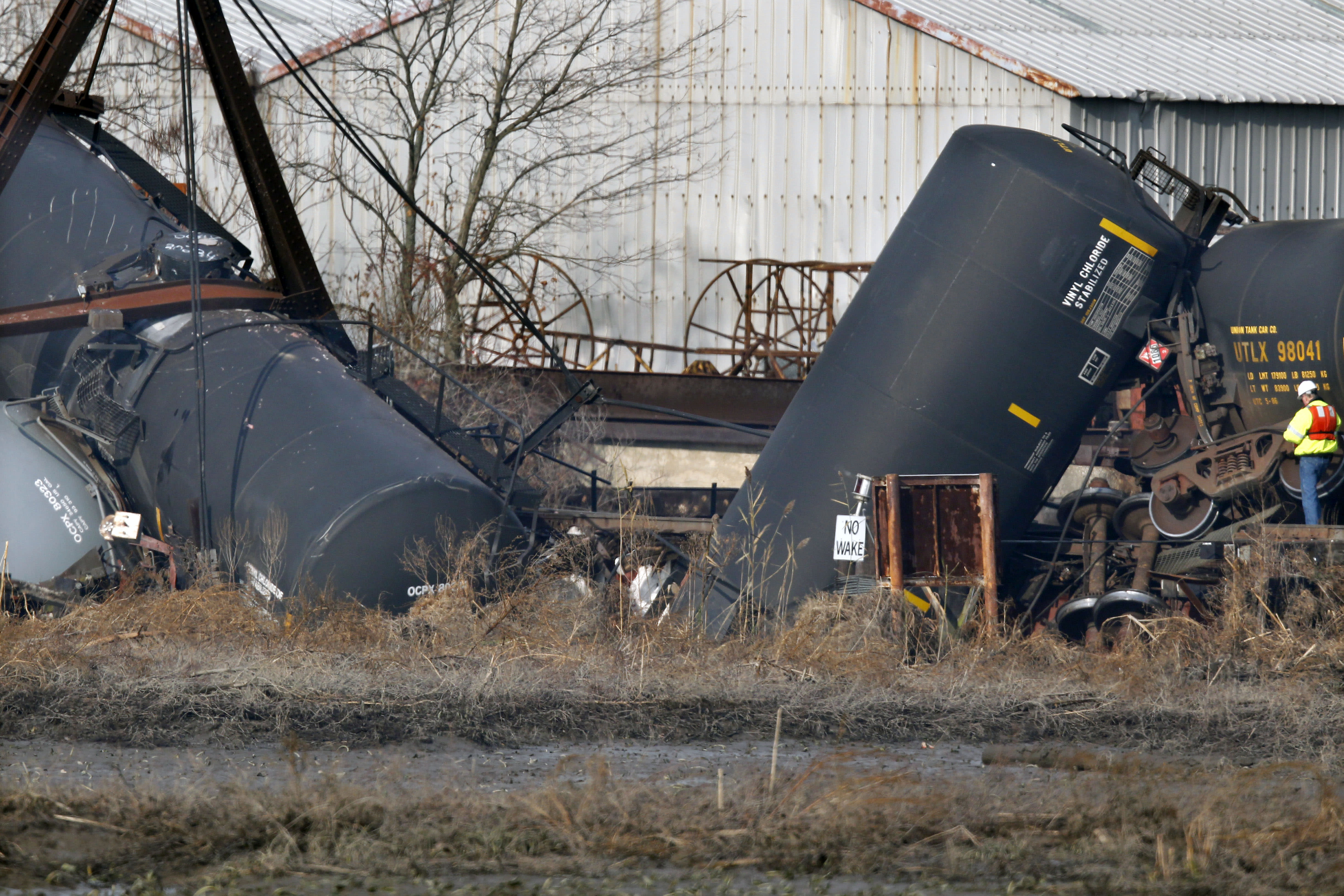 Canadian Natl crude train derails in Ontario, on fire