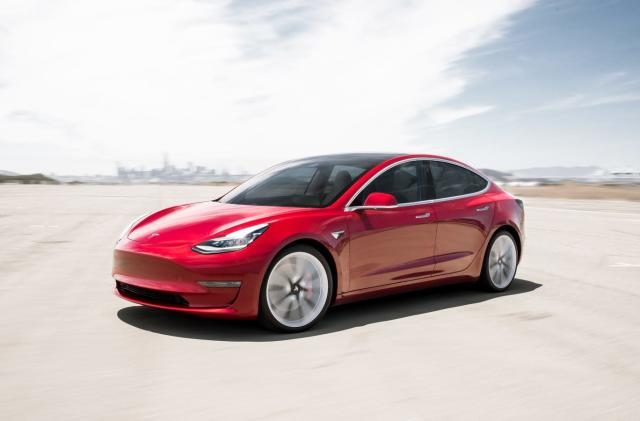 Settlement reportedly lets Tesla sell and service cars in Michigan (updated)