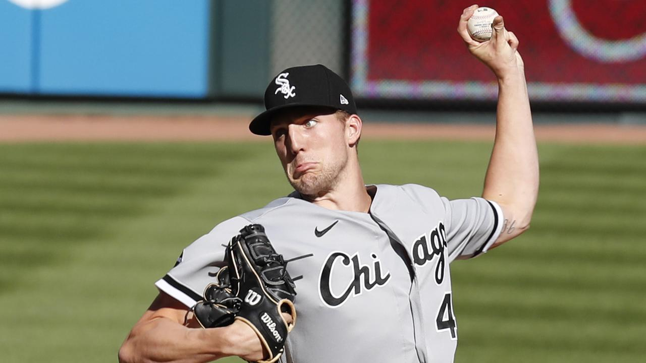 Garrett Crochet, Eloy Jiménez exit White Sox playoff game with injuries