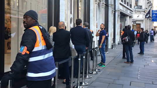 Where were all the iPhone 8 launch queues?