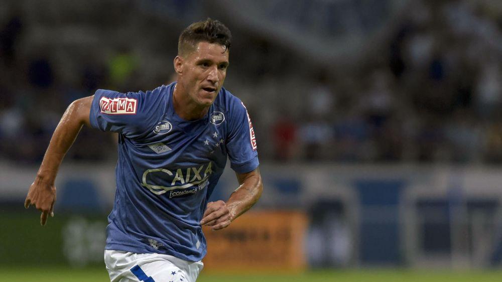 Thiago Neves busca primeiro gol com a camisa do Cruzeiro