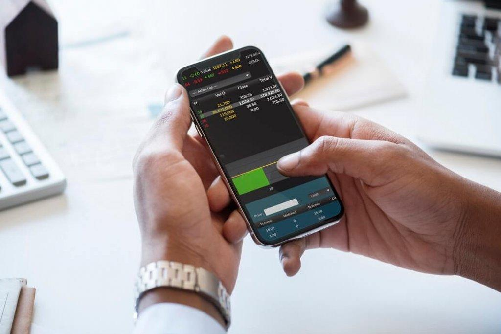Five cryptocurrency trading apps you might want to download