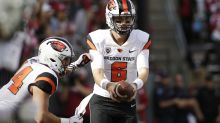 Young boy came to hospital to deliver Oregon State QB a cupcake