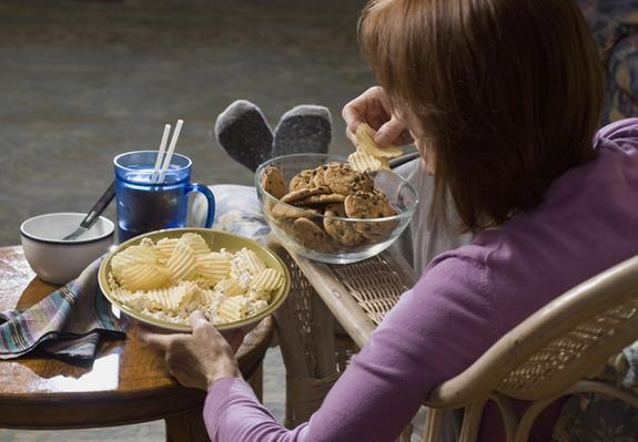 Why Snacking at Night Is Bad For You