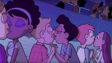 Disney mostra primeiro beijo gay em seus desenhos