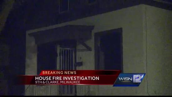 Milwaukee police investigate vacant house fire