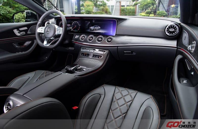 兼容高科技與豪華氛圍,The new CLS 亦標準搭載多項先進主動安全科技 ( 展車車型另有選配Edition 1 套件)