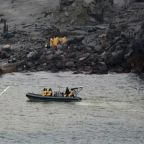 New Zealand rescue crews face toxic volcanic gasses