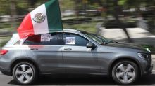 Cientos de mexicanos asisten a claxonazo para pedir renuncia de López Obrador