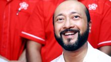 Mukhriz is arrogant, forgetting the service rendered by civil servants, says his ex-special officer