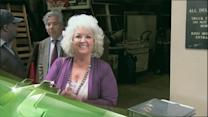 Latest Business News: Paula Deen Parts Ways With Agent