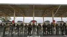AP EXPLICA: La lucha por el apoyo del Ejército de Venezuela