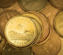 Canadian dollar turns higher, tracking uptick in risk appetite