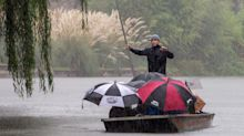 UK weather news: Wet and windy weather to batter nation throughout Hallowe'en weekend