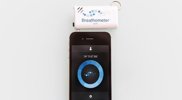 Breathometer lets phone users keep alcohol in check from a keychain (video)