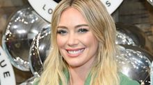 Hilary Duff accessorised Jenny Packham wedding dress with affordable pearl headband