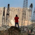 Stranded Lebanese desperate to rebuild after blast