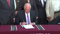 RAW: Gov. Quinn signs medical marijuana bill into law