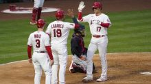 Angels power past Indians, but Mike Trout strains right calf