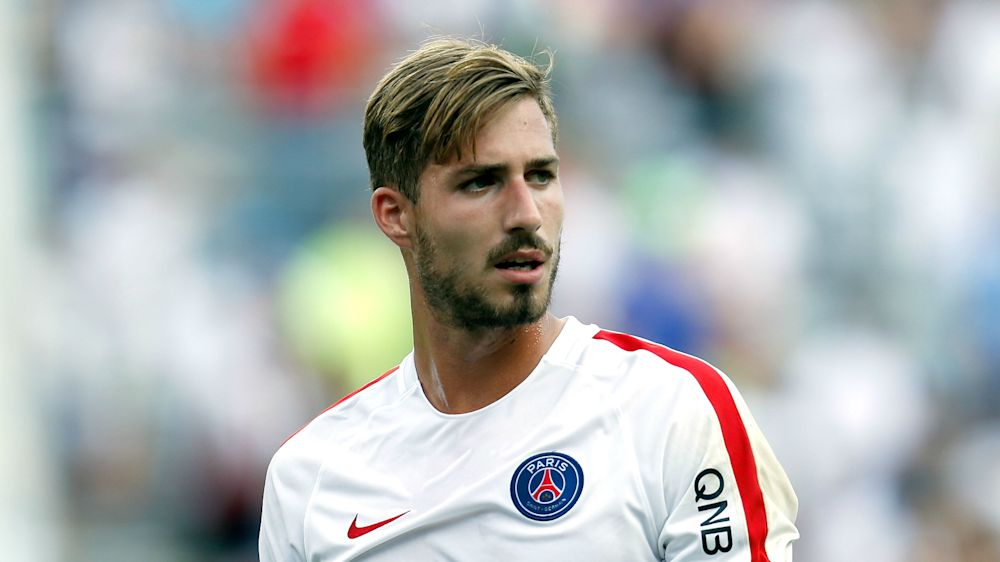 PSG goalkeeper Trapp fears for Germany World Cup place