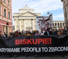 Polish bishops apologise for child sex abuse by priests