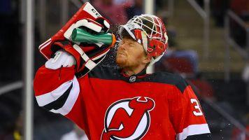 Devils put veteran goalie Schneider on waivers
