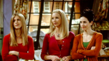 Jennifer Aniston and Lisa Kudrow respond as Courteney Cox shares never-before-seen Friends photo