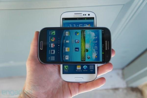 AT&T says Galaxy S III pre-orders won't land until June 25th, Samsung decides to celebrate anyways